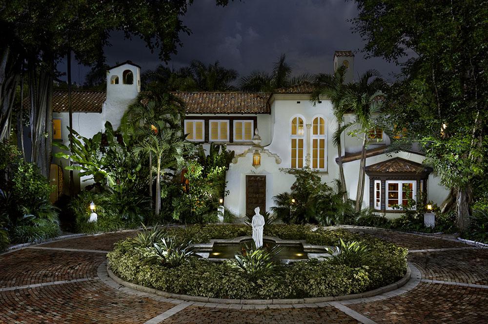La Brisa Mansions