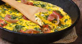 Ομελέτα φούρνου με ζαμπόν, κατσικίσιο τυρί και λαχανικά