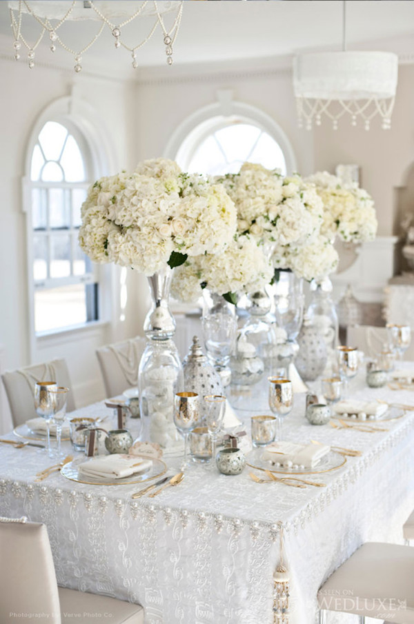 white-wedding-reception