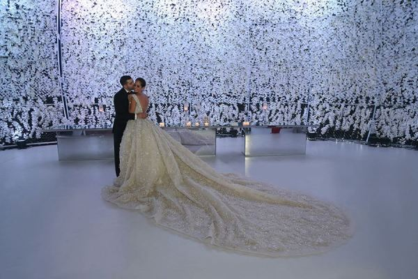 Ali-and-lana-larmoire-de-lana-wedding
