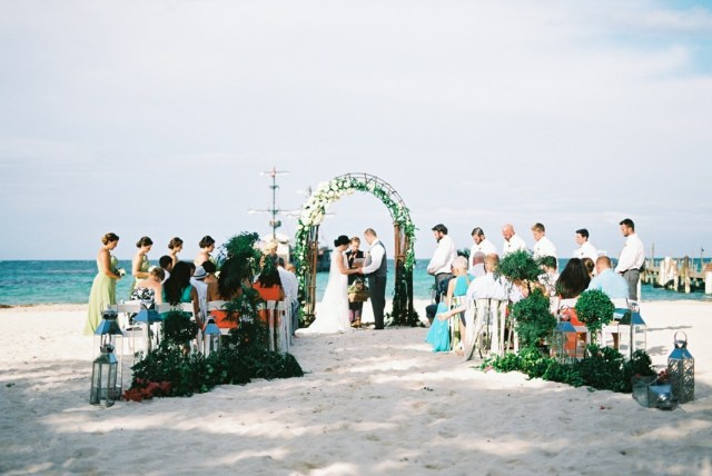Aisle Perfect wedding in Huracan Cafe by Asia Pimentel Photography15