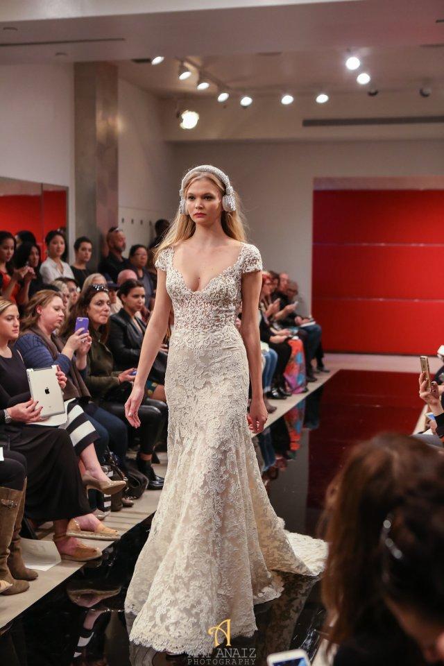 Reem Acra Fall 2016 Bridal Fashion Week 11