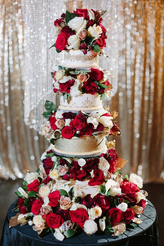red white and gold-amazing cake- tidewater and tulle