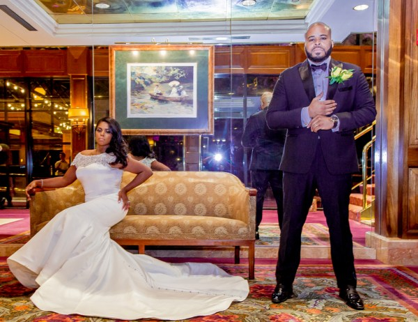 Sparkly gold wedding at crest hollow country club 35