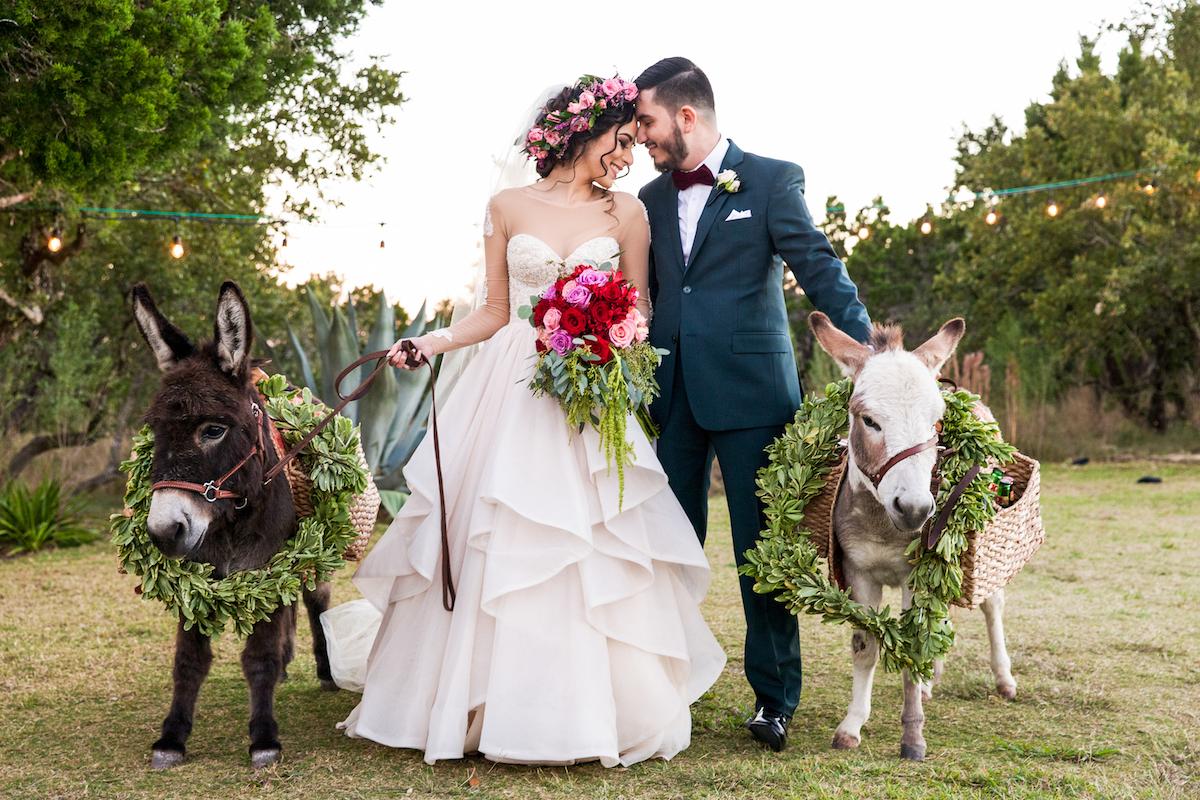 Gorgeous Outdoor Fall Wedding In Austin Texas Perfete,Wedding Dresses For Short Plus Size Women