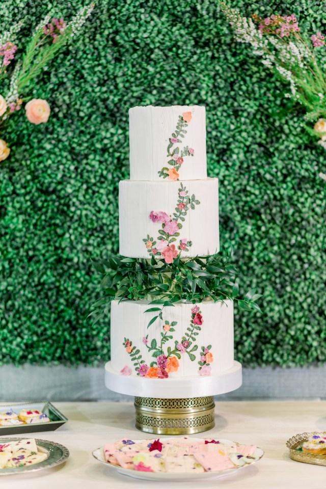 3 layer floating cake