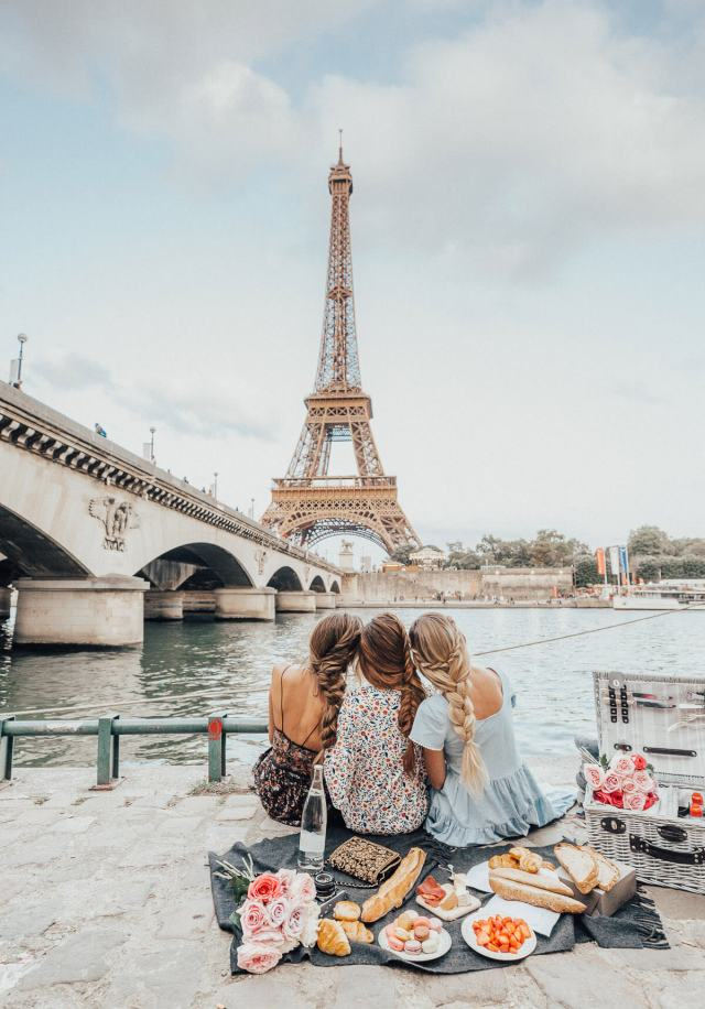 Eiffel Tower Picnic in Paris