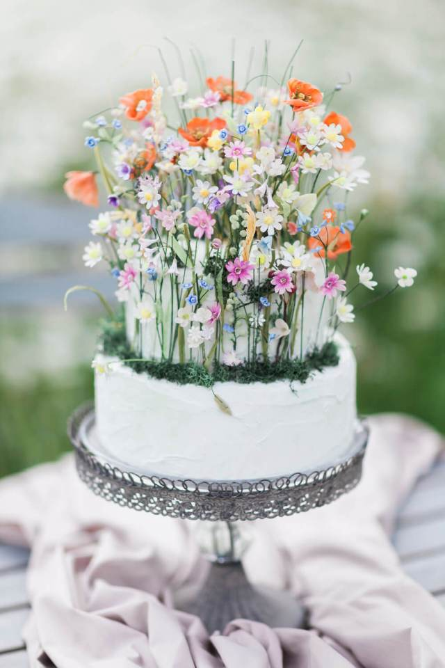 white spring cake with flowers