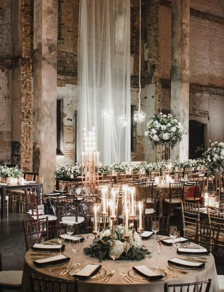Stunning Winter Wedding with Elegant Holiday Details-27