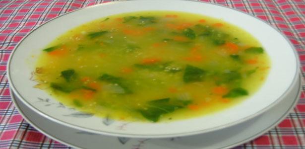 Sopa de inhame, cenoura e feijão-azuki