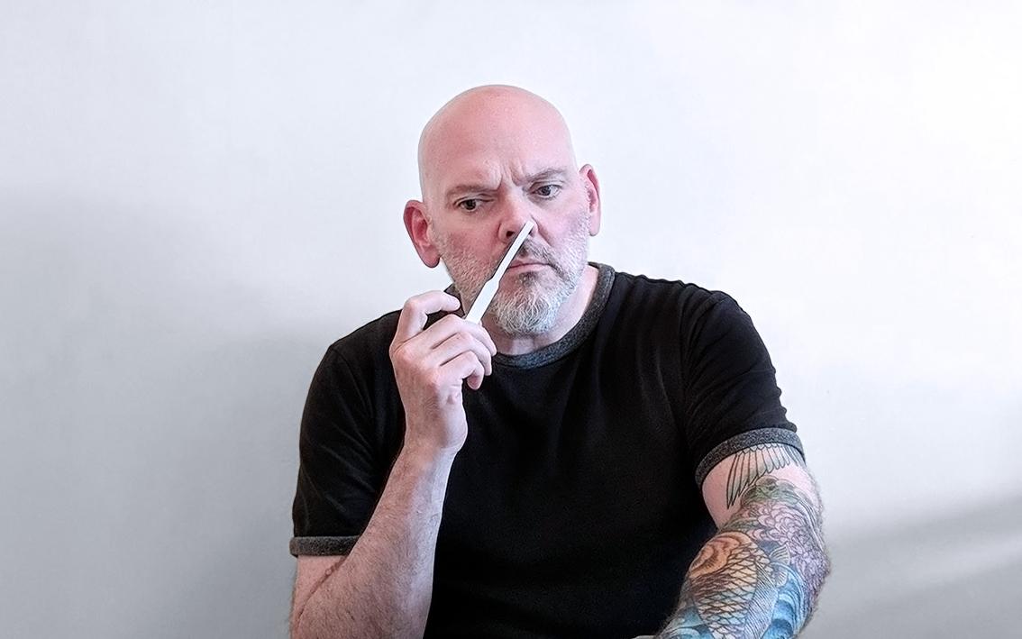 Perfumart - Entrevista John Biebel - testada