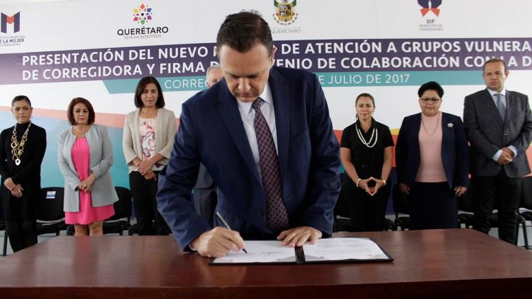 Mauricio Kuri, presidió la presentación del nuevo modelo de atención a grupos vulnerables en Corregidora.
