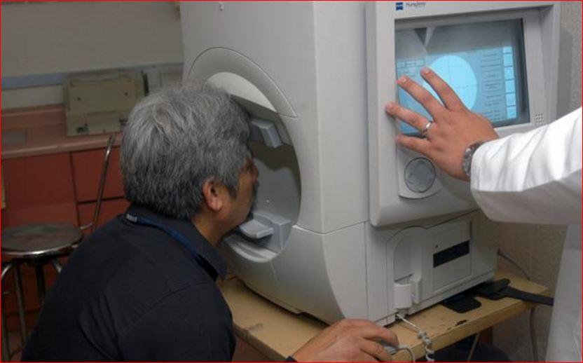 Alerta IMSS sobre daño ocular por uso excesivo de pantallas