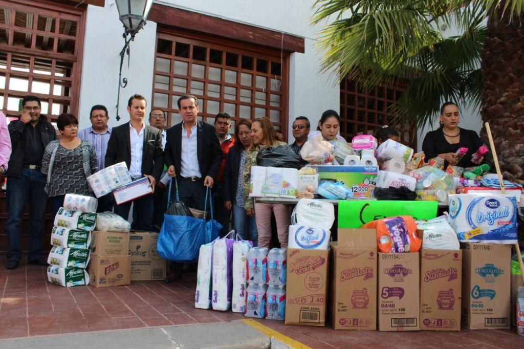 Alcalde de Tequisquiapan dona 100 mil pesos para los damnificados por sismos.