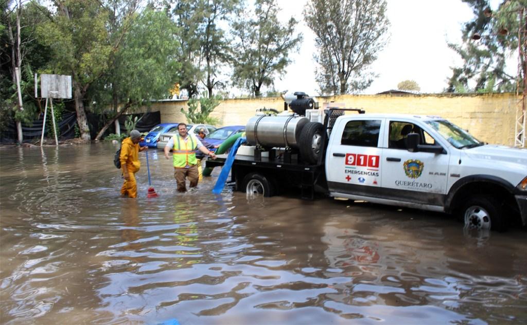 Lluvias afectan a 33 viviendas en Querétaro Capital.