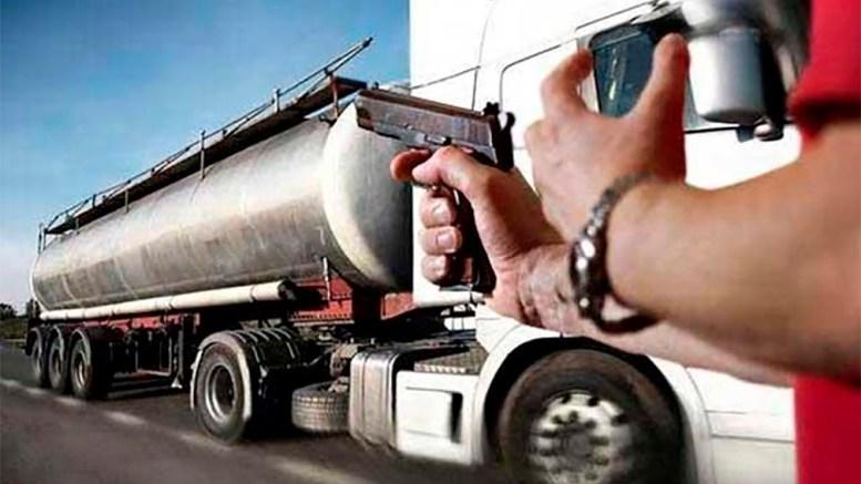 Legisladores buscan frenar robo al autotransporte de carga