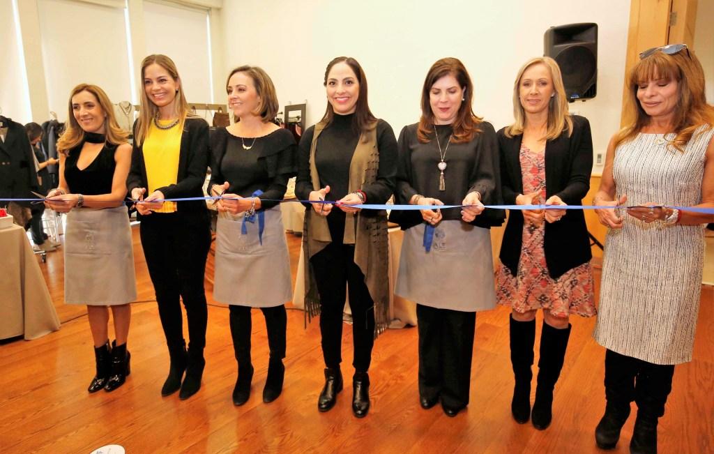 La Presidenta del Patronato del Sistema Municipal DIF, Tere García de Aguilar, encabezó la inauguración del 11er. Bazar ALE, con el que busca recaudar fondos en apoyo a personas con insuficiencia renal.