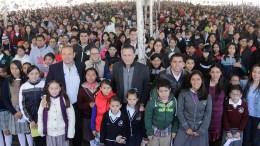 Entregará Mauricio Kuri 60 mil becas en Corregidora; el doble de la administración anterior