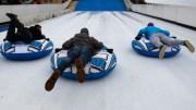 Instalan pista de patinaje y tobogan de hielo en el Parque Bicentenario. Foto: Internet de carácter ilustrativo.