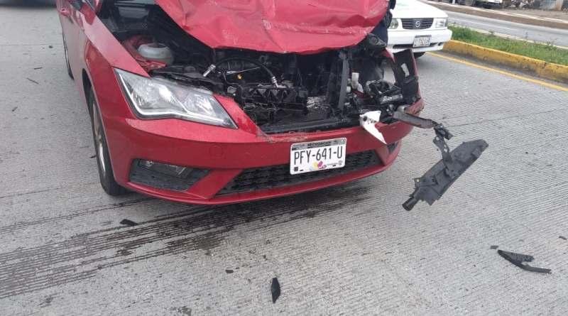 Accidentes dejan heridos y daños materiales