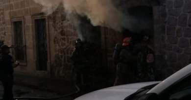 Arde inmueble en el centro de Morelia