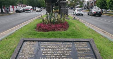 """""""A propósito de monumentos"""""""