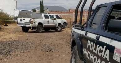 Cuerpo baleado es hallado dentro de un taxi