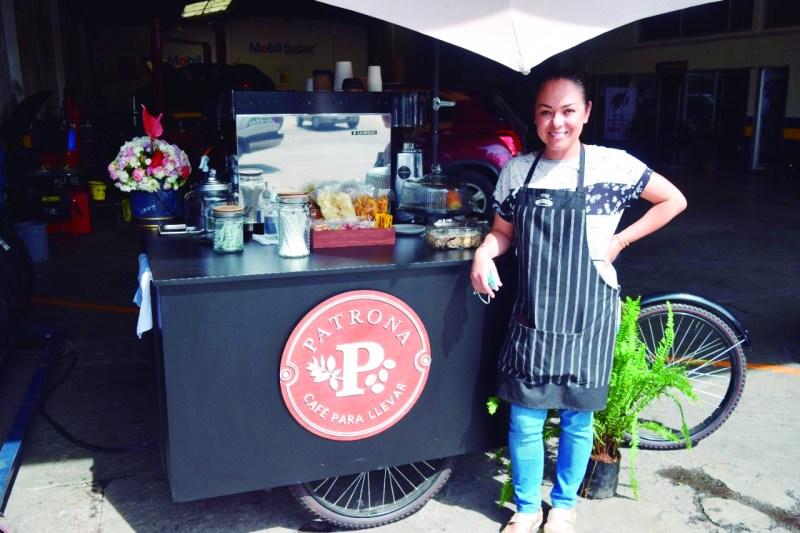 Le deseamos éxito a Diana Cruz Colin en su nuevo negocio La Patrona donde prepara muy buen café y otras exquisiteces.