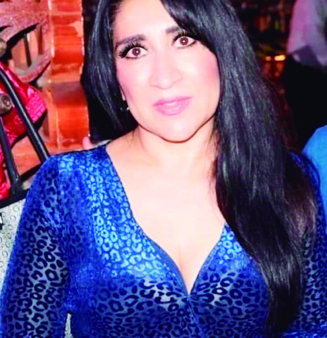 Adriana Hernández celebró su cumpleaños.