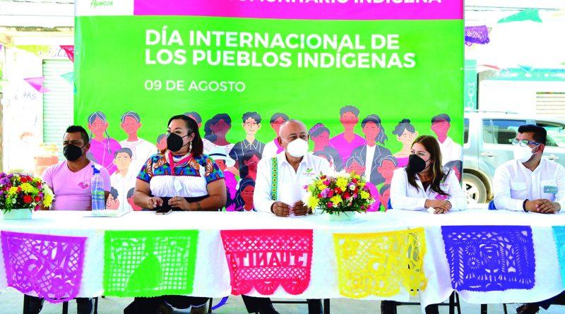 El presidente de Tulancingo Jorge Márquez Alvarado, encabezó en Santa Ana Hueytlalpan, la conmemoración por el Día Internacional de los Pueblos Indígenas, evento durante el cual se presentó el Centro Comunitario Indígena Otomí.