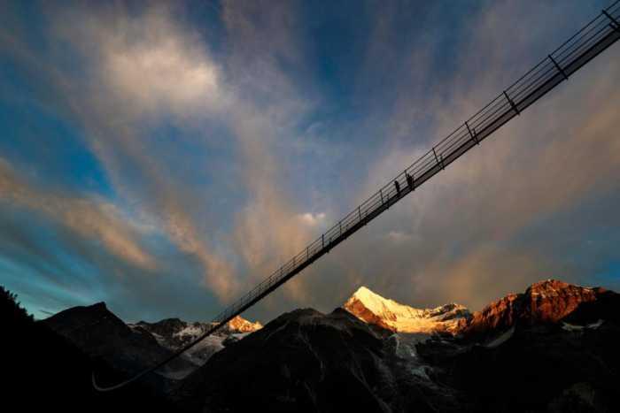 Η μακρύτερη κρεμαστή πεζογέφυρα του κόσμου