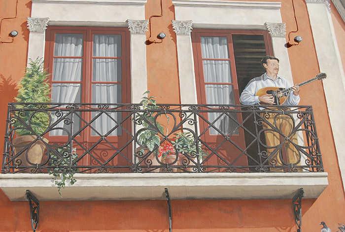 Ο Τσιτσάνης στο μπαλκόνι: Ένα έργο τέχνης 150 τετραγωνικών μοναδικό στην Ελλάδα