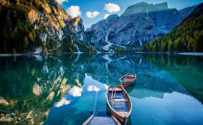 Braies: Μια υπέροχη λίμνη στους Δολομίτες