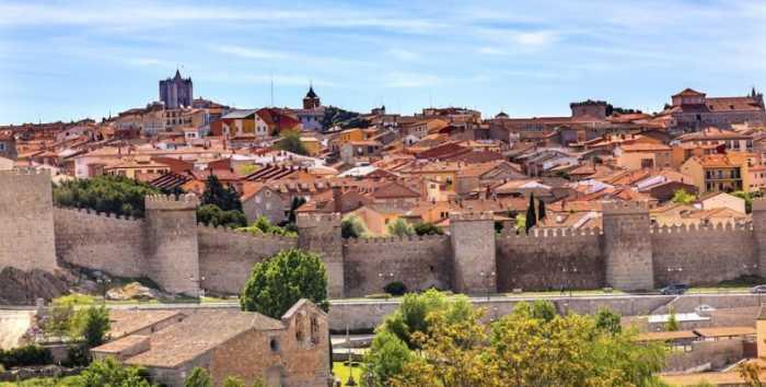 Πανέμορφες άγνωστες μεσαιωνικές πόλεις στον κόσμο