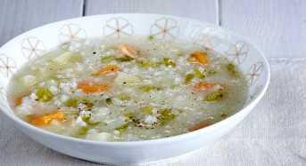 Ψαρόσουπα μπακαλιάρος με ρύζι
