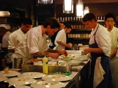 17-restaurant-cooks