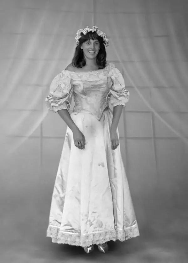 600x840xheirloom-wedding-dress8-600x840.jpg.pagespeed.ic.E8fcgPOBqm