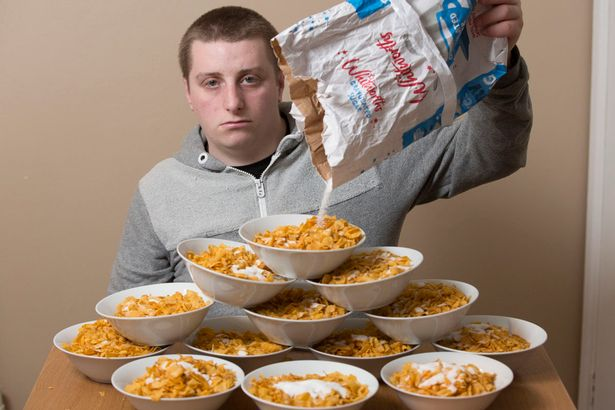 PAY-Phillip-Patrick-19-from-Worcester-who-is-addicted-to-sugar (1)