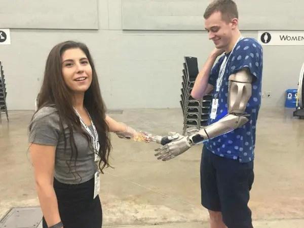 cyborg-arm6-600x450