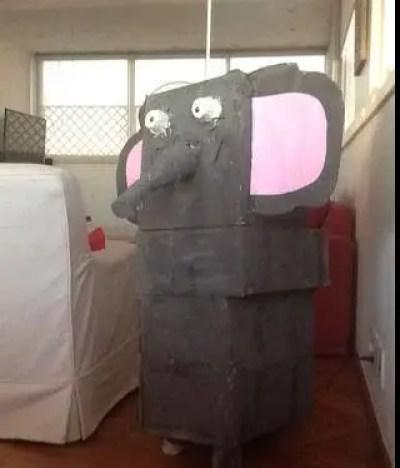 Elefante de cartón