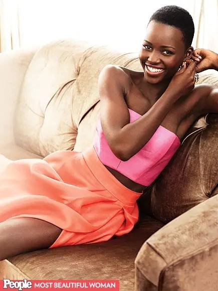 """1- Lupita Nyong'o.  Según afirmó, su madre """"siempre dijo que era hermosa y terminé por creerle""""."""