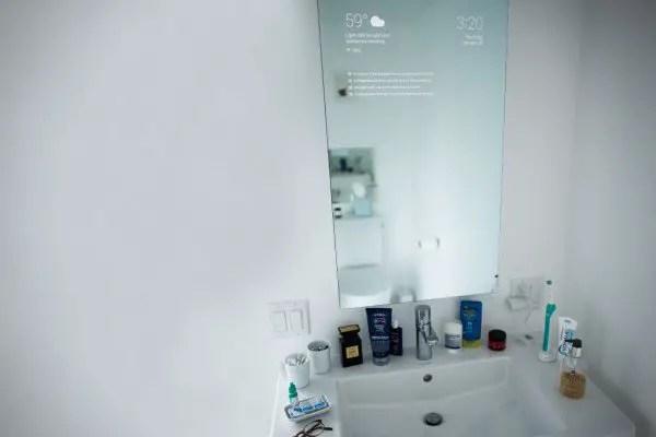 max-braun-smart-mirror2-600x400