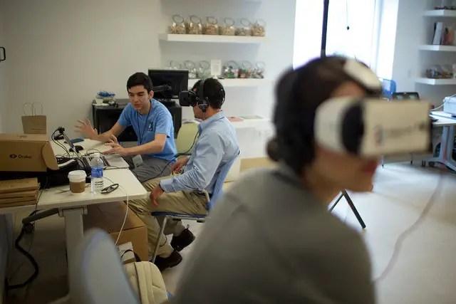 people-using-VR