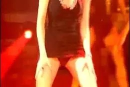 Pilar Rubio bailando.