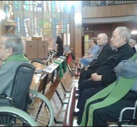Curas ancianos de Badajoz