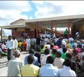 Omella, en Mozambique con Manos Unidas