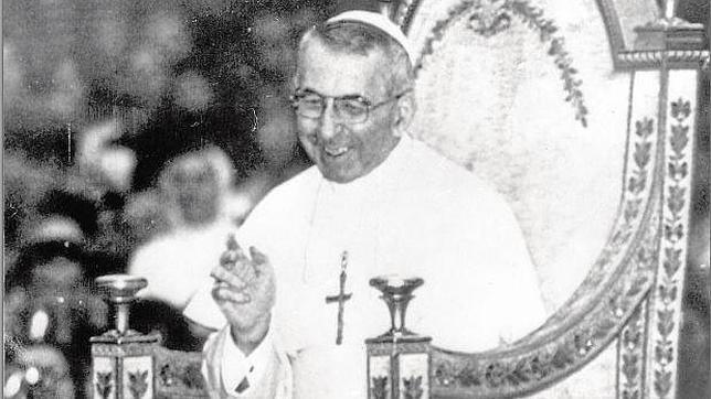 Resultado de imagen de Papa Juan Pablo I fallecía de un infarto