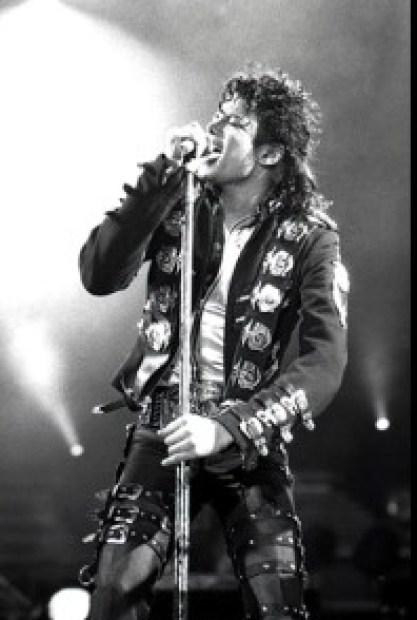 Michael_Jackson_in_1988_-_Michael_Jackson_-_Wikipedia__la_enciclopedia_libre