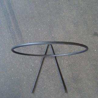 Muurbeugel voor ronde bak van 25 cm - € 4,95