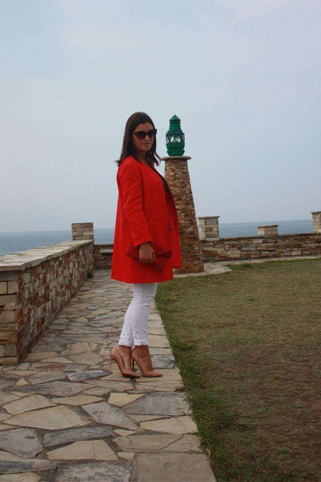 abrigo-rojo+